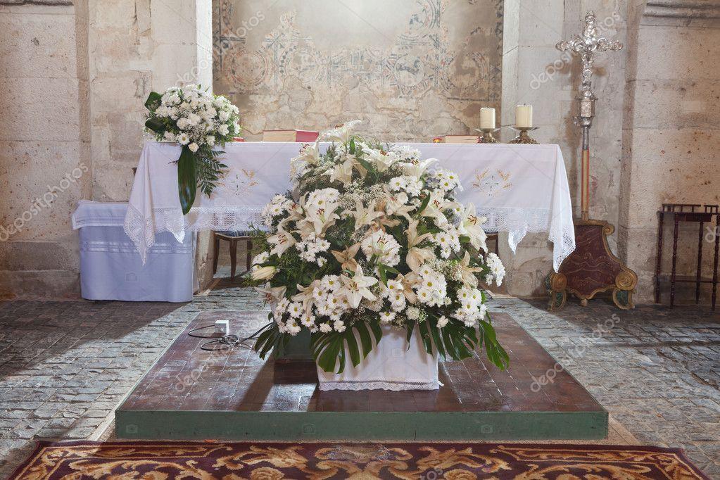 Altar In Der Kirche Stockfoto C Norabana 10994141