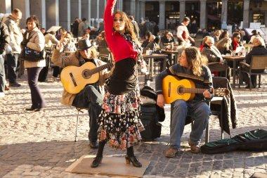 Flamenco group performing on Plaza Mayor