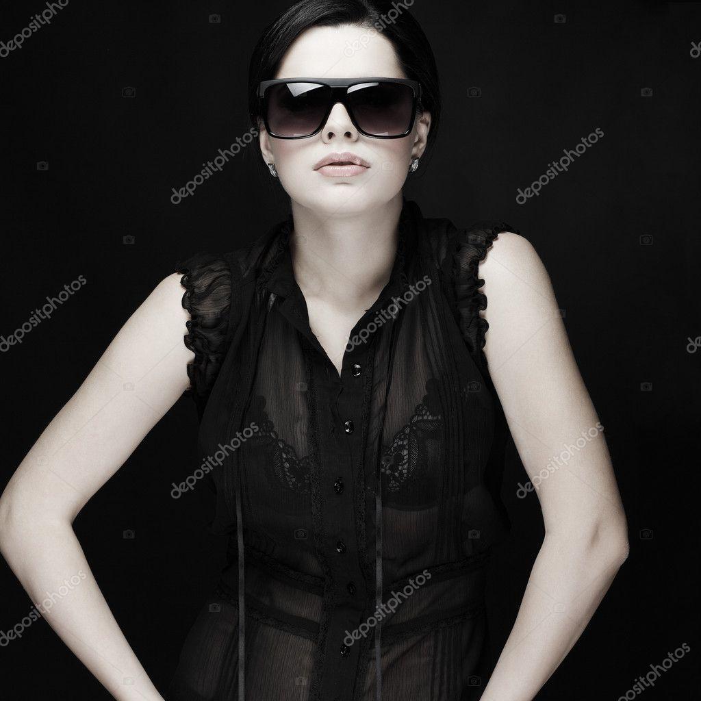 Сексапильная элегантность в одежде