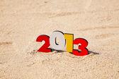 dřevěné 2013 rok číslo na písku