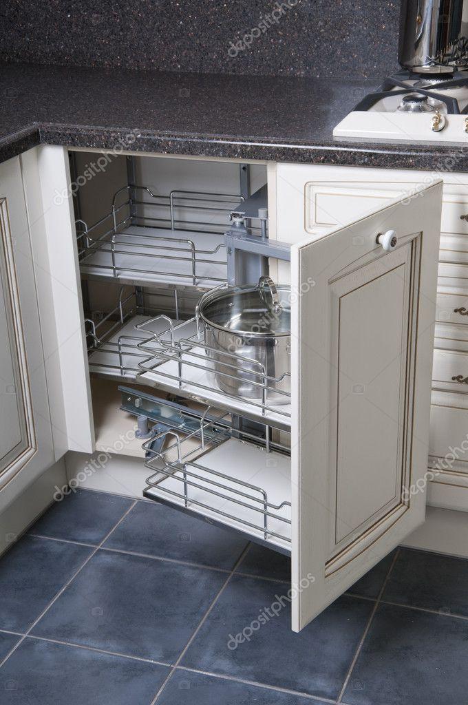 Muebles De Cocina Italianos.Muebles De La Cocina Italiana Clasica Fotos De Stock C Korshenkov