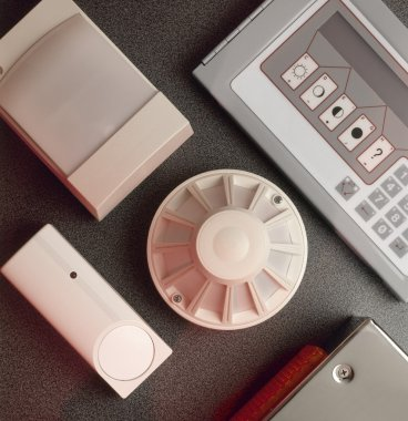 Smoke, fire detectors and control console