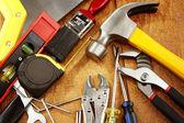 nejrůznějších pracovních nástrojů na dřevo