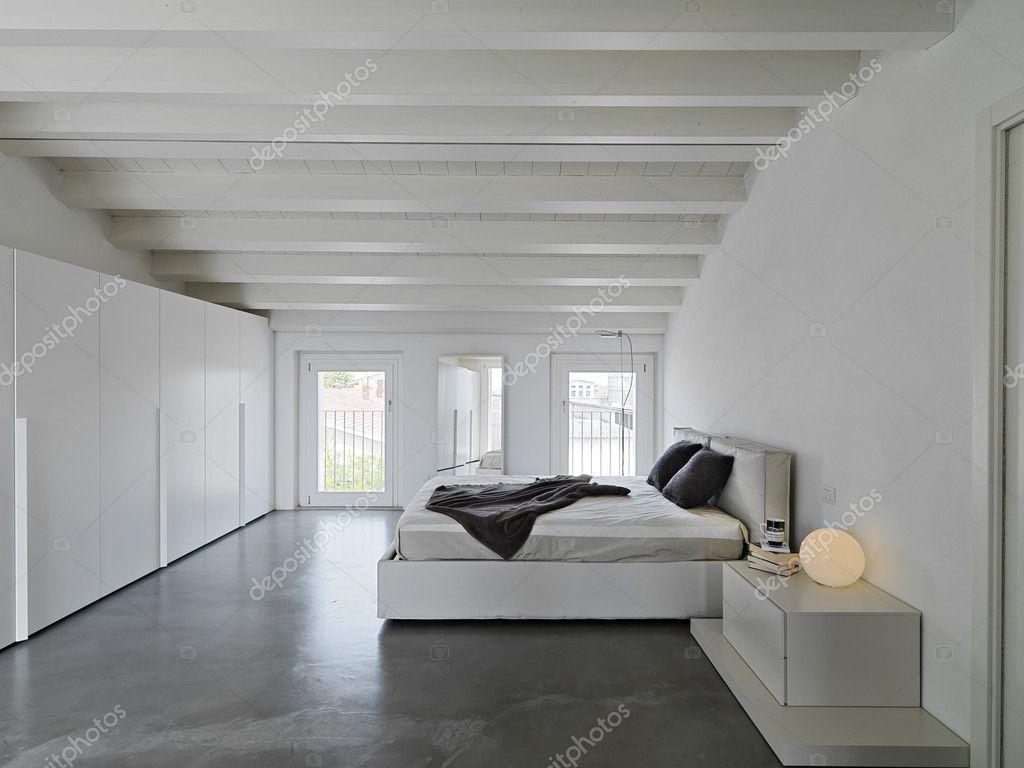 Moderne Schlafzimmer Im Dachgeschoss Zimmer U2014 Stockfoto