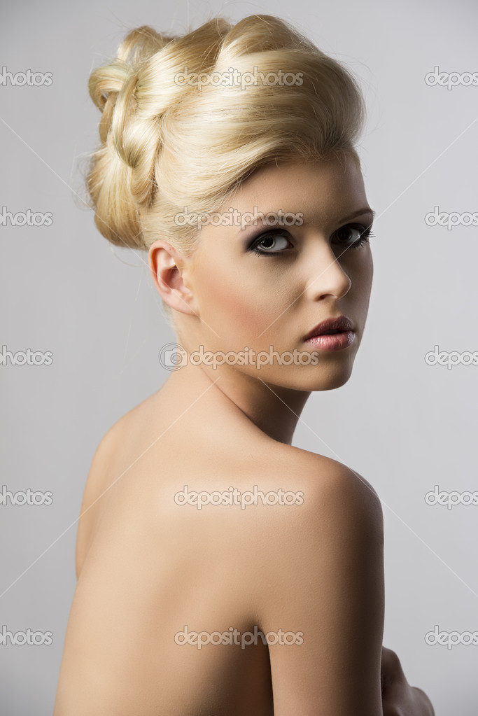 blond hair style hair style the looks in to the lens stock 6919