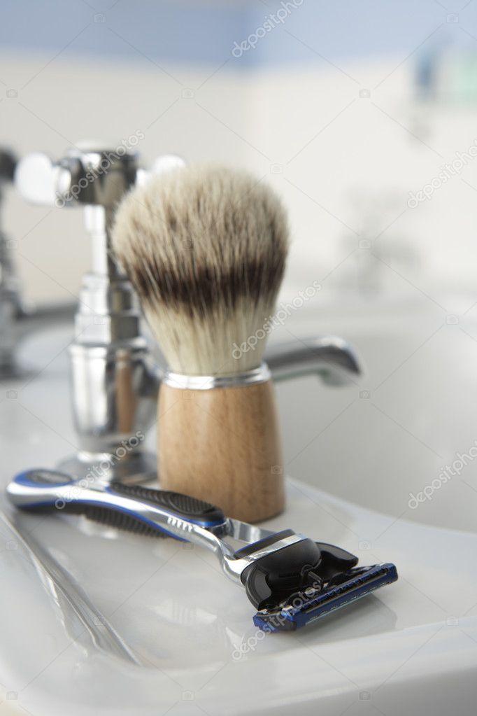 Man\'s scheren kit in badkamer — Stockfoto © monkeybusiness #11887263