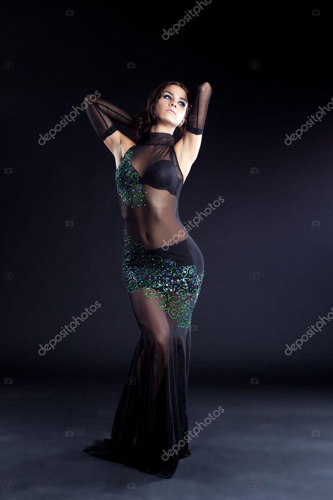 A fekete ruha gyönyörű hastáncos ruhák — Stock Fotó © Wisky  11167747 12f1668b26