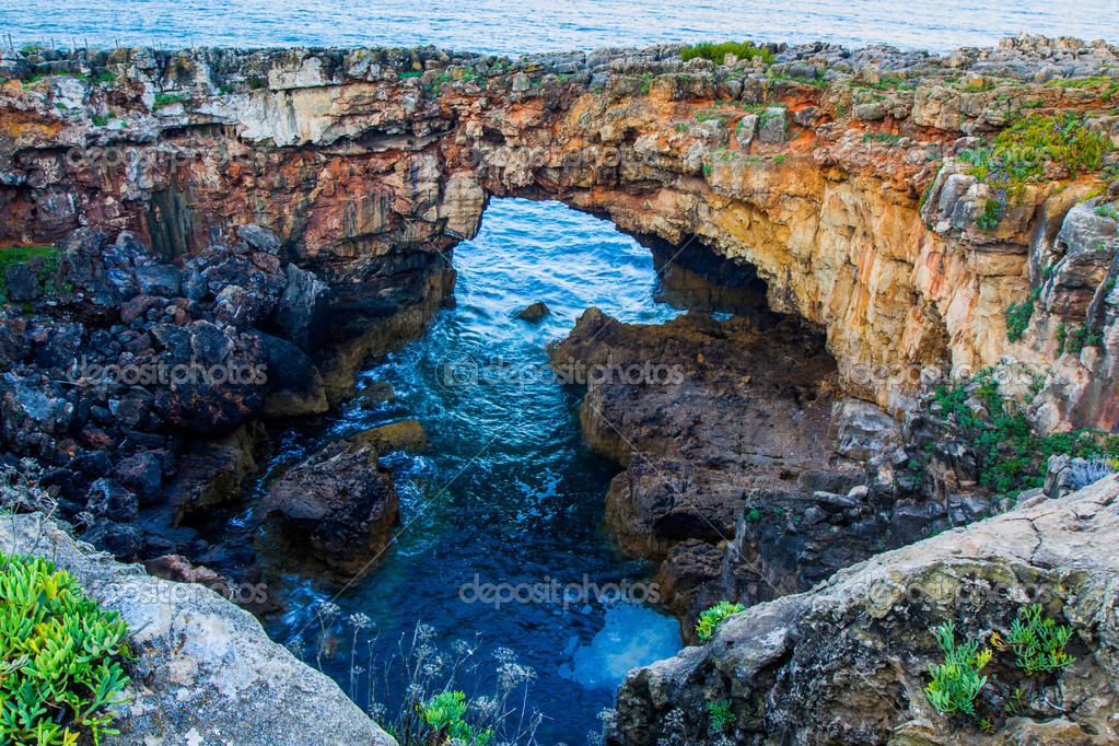 Grotto Boca de Inferno (mouth of hell) Portugal