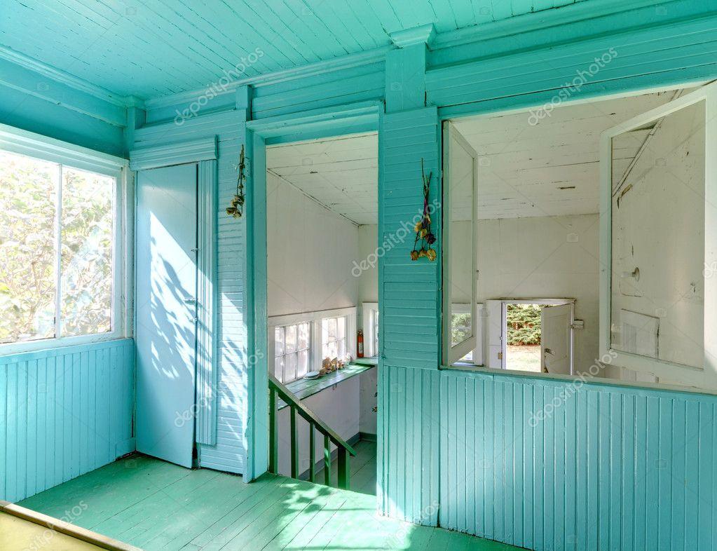 Oom rbright jard n con paredes de color azules y blancas - Colores azules para paredes ...