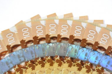 New Canadian one hundred bill