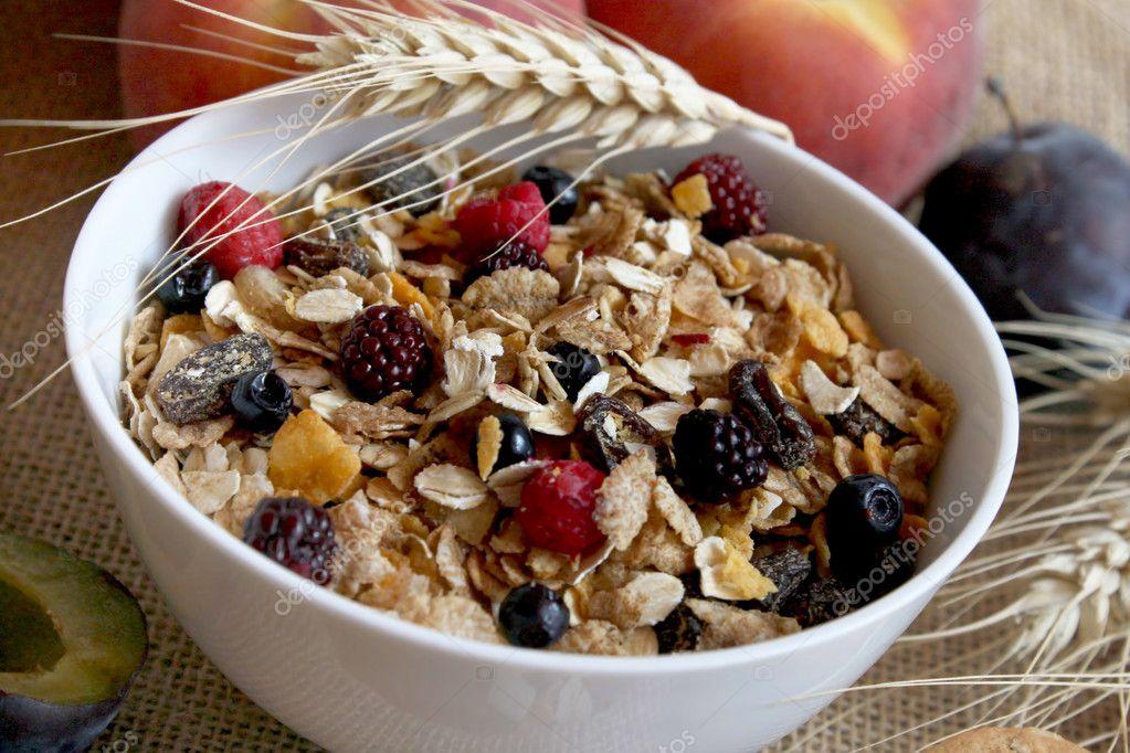 Muesli breakfast rich in fiber
