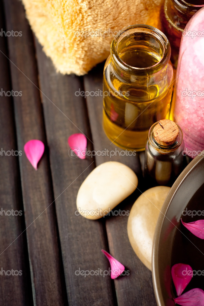 Essential oils and bath products