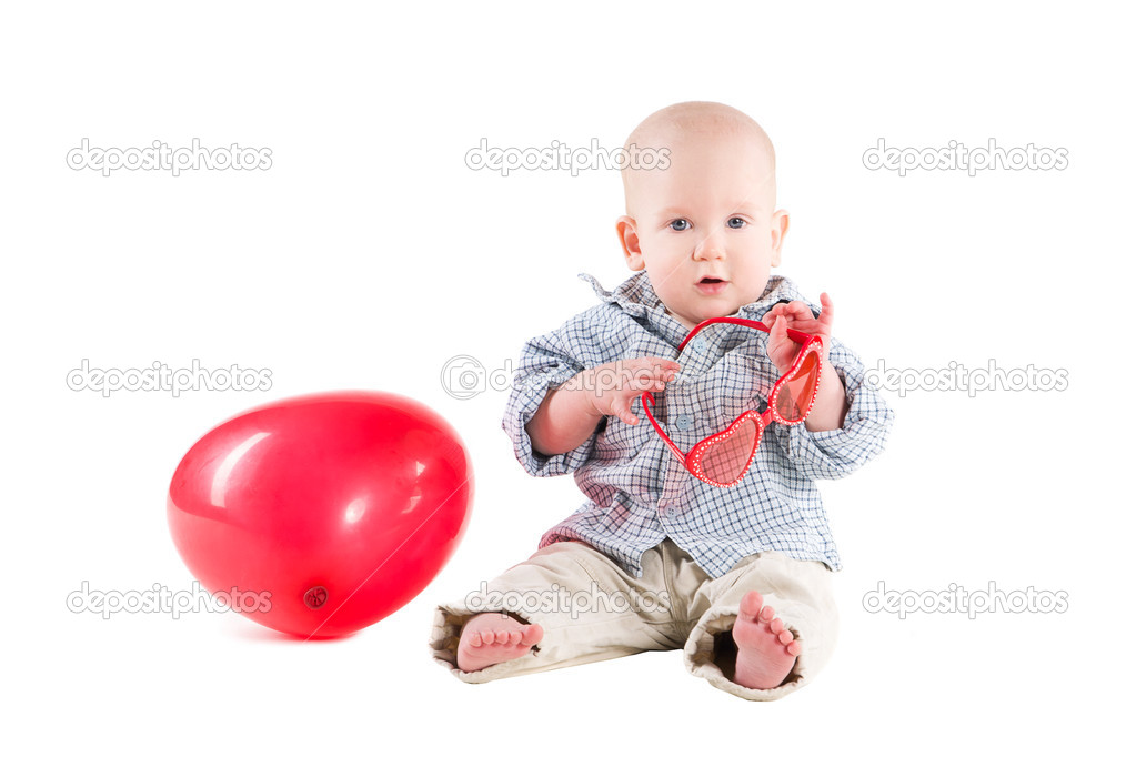 d4f65a2b1 Boy child is in a plaid shirt, a red balloon in the form of the heart,  isolated on white background — Photo by ...