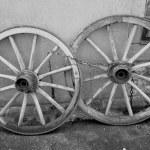 오래 된 나무 수레 바퀴 — 스톡 사진 © joachimopelka #11762554