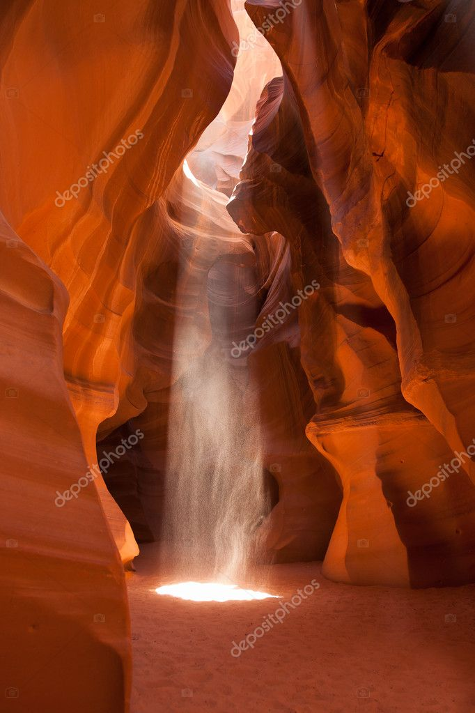 Light beam in Antelope Canyon in Arizona