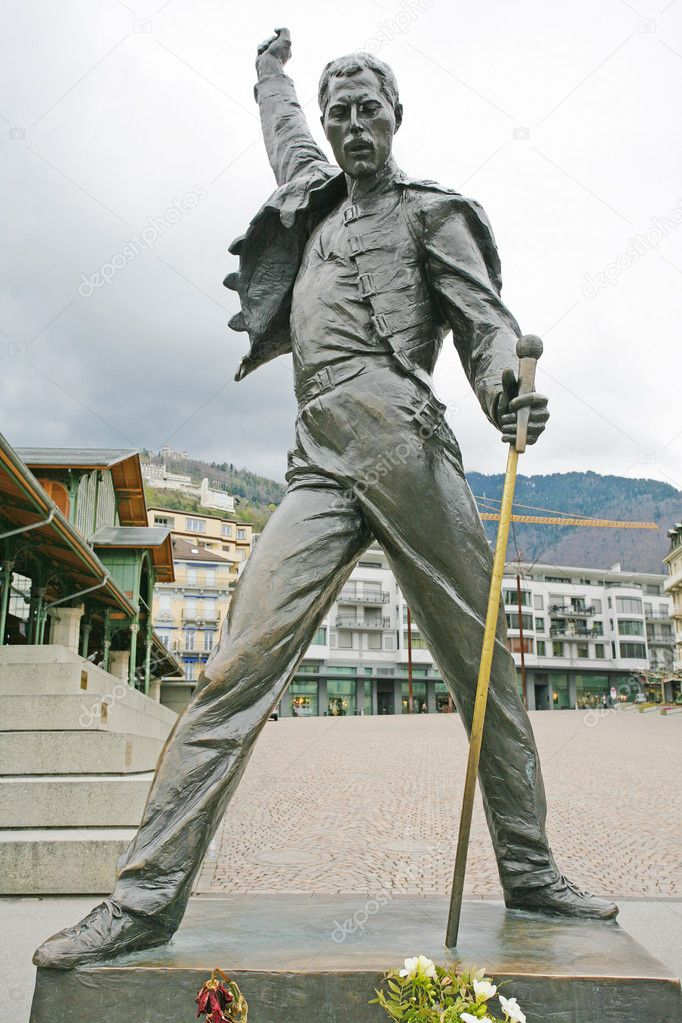montreux switzerland april 23 2012 freddy mercury statue in m