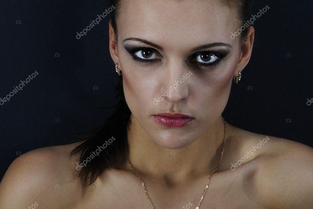 Courtney Simpson spriccel