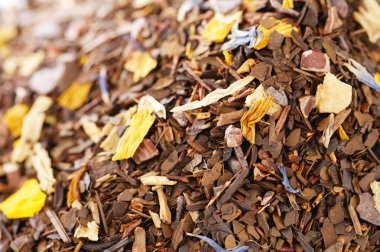 Coffee-like, caffeine-infused mate and red rooibos blend, full f