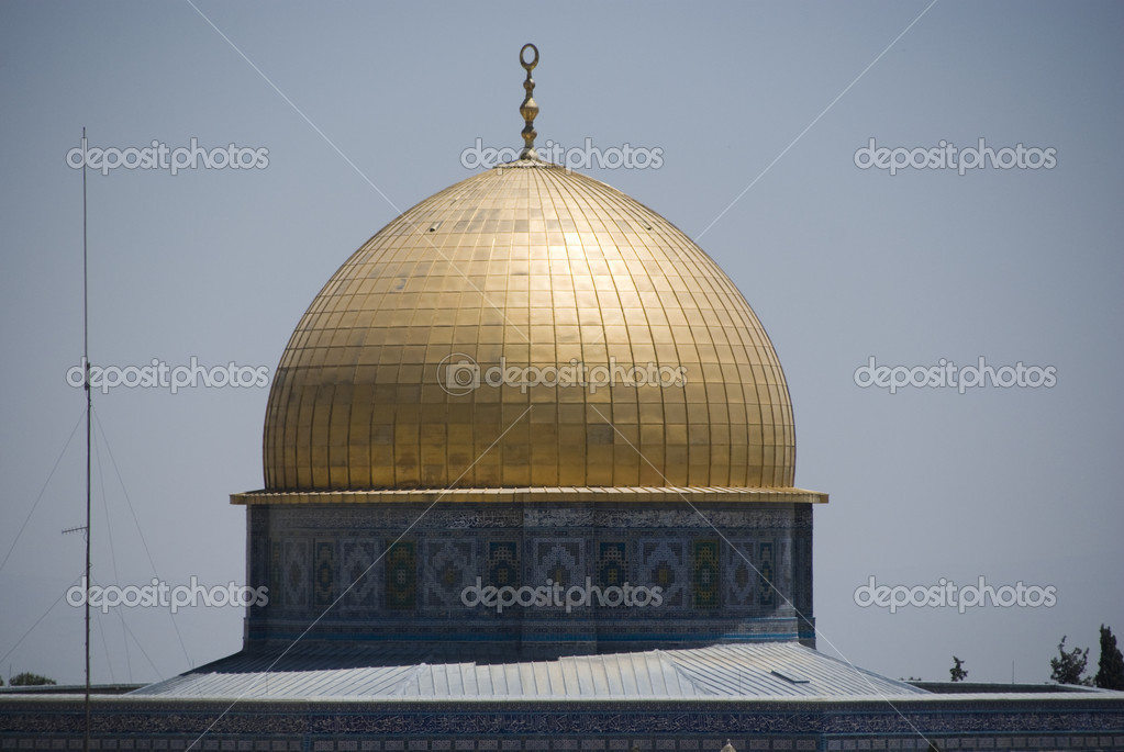 Golden roof - dome of the rock jerusalem u2014 Photo by delray77 & Golden roof - dome of the rock jerusalem u2014 Stock Photo © delray77 ... memphite.com