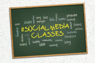 Green chalkboard - Social media classes.