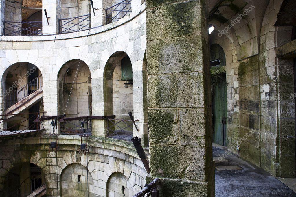 innerhalb von Fort Boyard – Frankreich — Stockfoto © jeewee #11344091