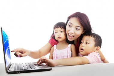 Family surfing on internet