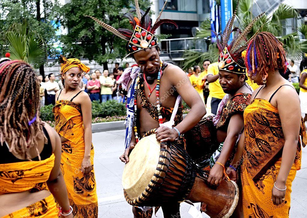 Madagascan folk artists