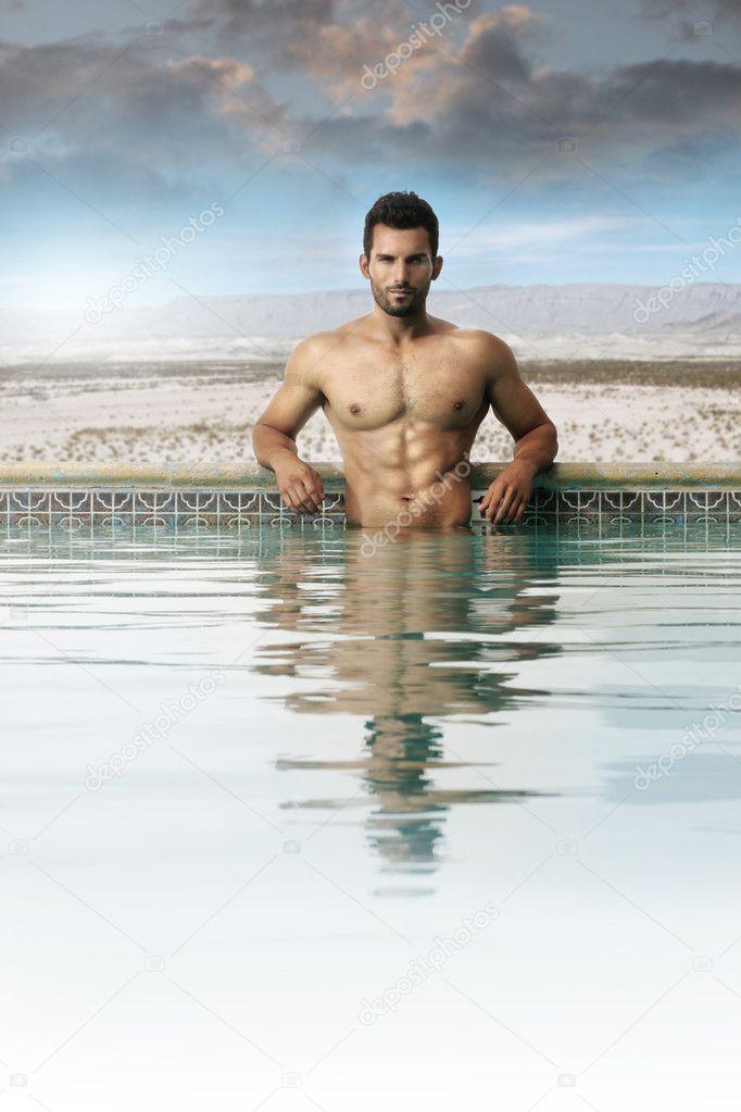 Секс парней в бассейне — 5