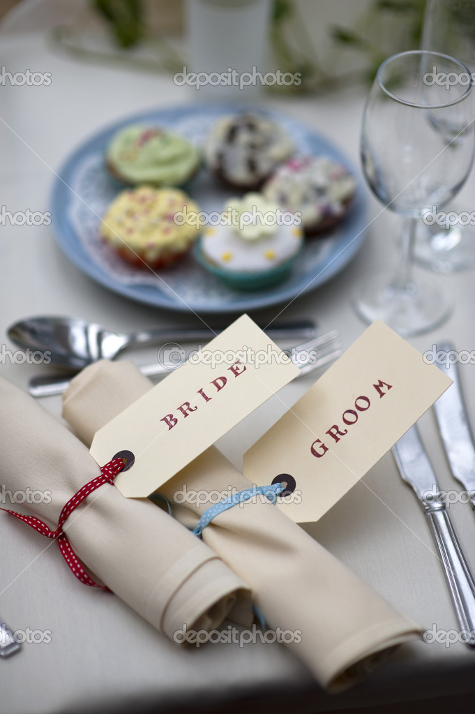 Bride And Groom Table Setting U2014 Stock Photo