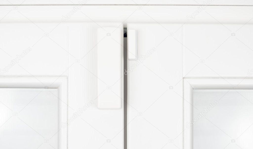 sensor de alarma inalámbrica para ventanas y puertas en marco de ...