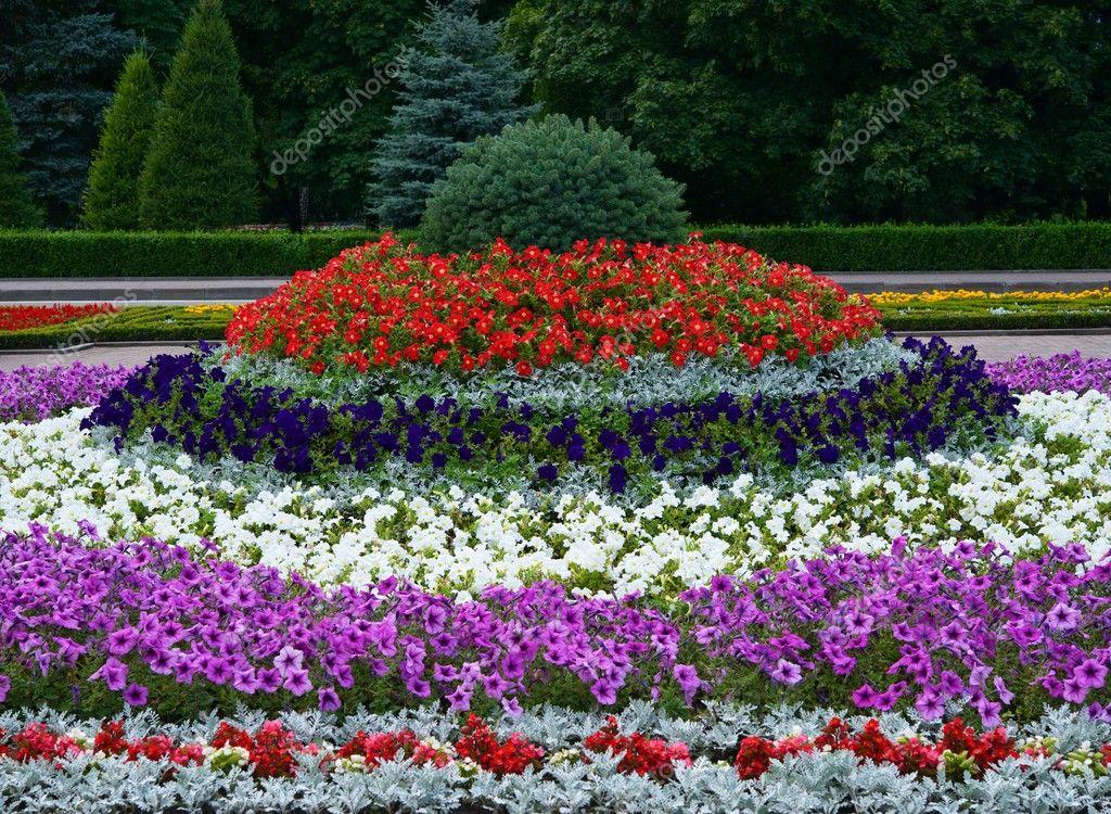 Kunstobjecten Voor Tuin : Tuin kunst u stockfoto alexandr