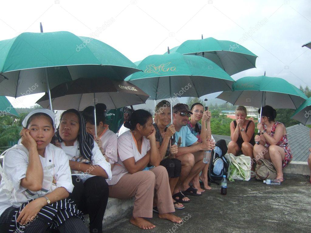 Tsunami scare Thailand 11 april 2012