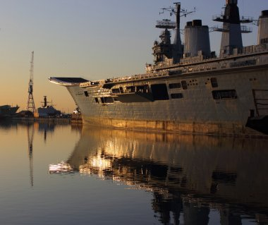 Ships reflection