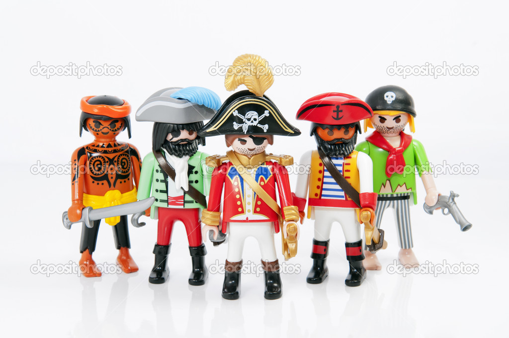 Moderne Playmobil Pirates – Stock Editorial Photo © seewhatmitchsee #10800370 YW-23