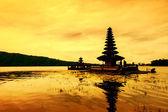Vendi chrám ulun v bali Indonésie