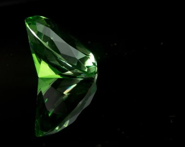 Emeral Green Round Gemstone