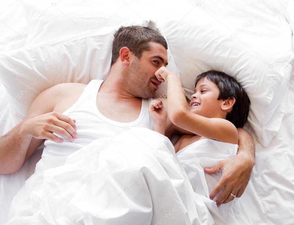 Секс с папулей фото, Фотографии Русский инцест - отец и дочь 5 альбомов 32 фотография