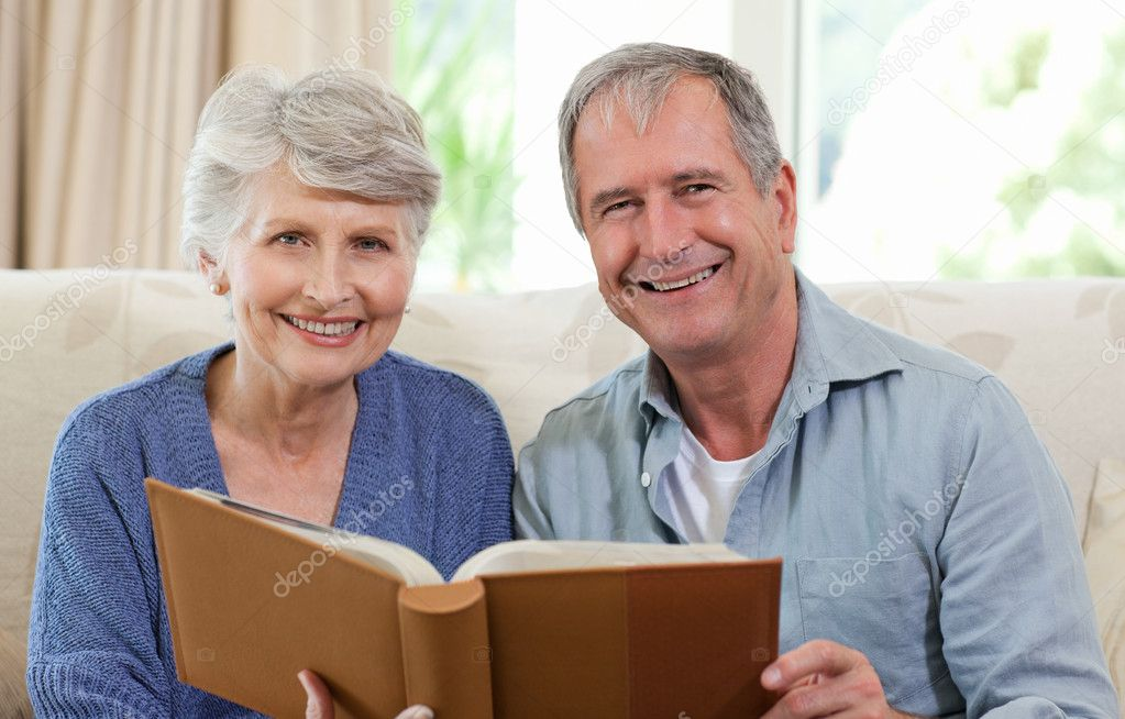 Free Senior Dating Online Services