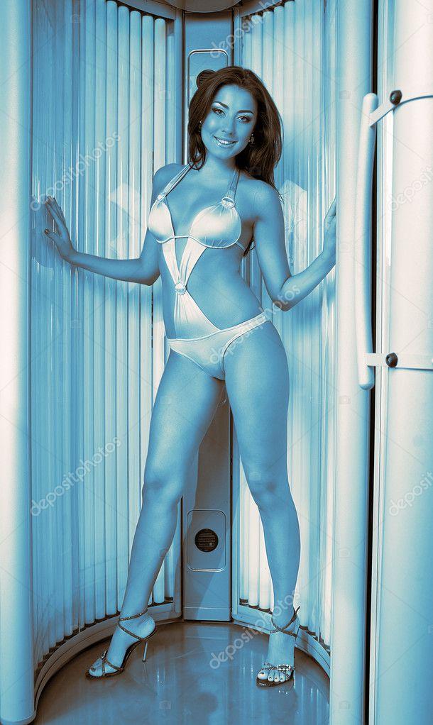 Русские девочки в солярии фото 347-215