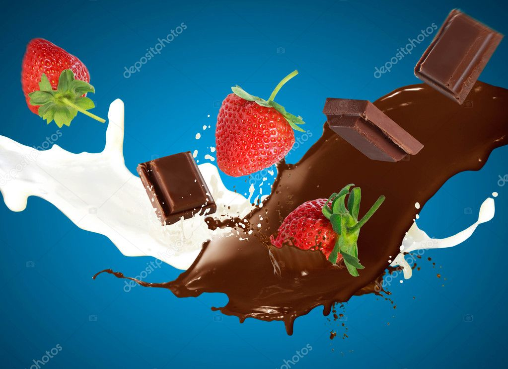 Chocolate ands strawberries in milk