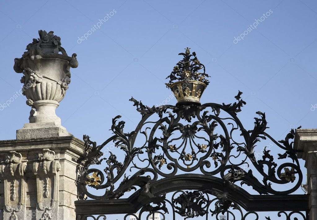 Medieval Ornamented Fence Detail Of A Kingly Castles Garden Stock Photo