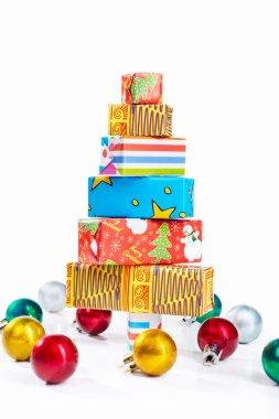 Christmas tree shape from cardboard