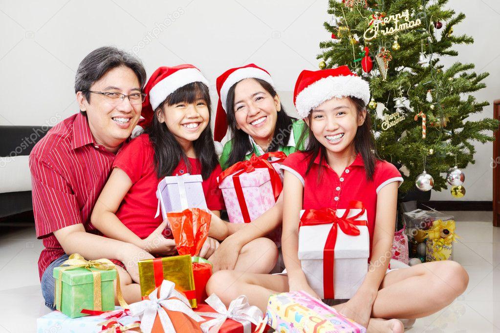 Family pose on Christmas