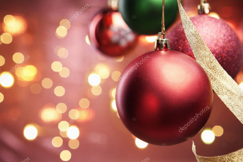 kerst ornament met verlichting achtergrond wazig stockfoto