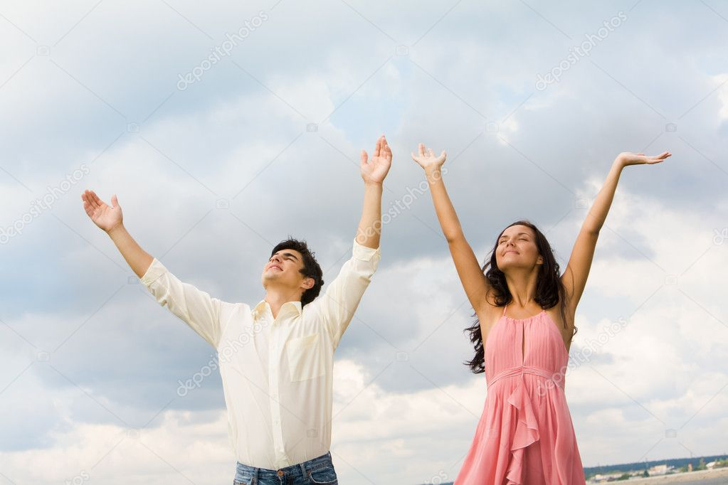 Praising couple