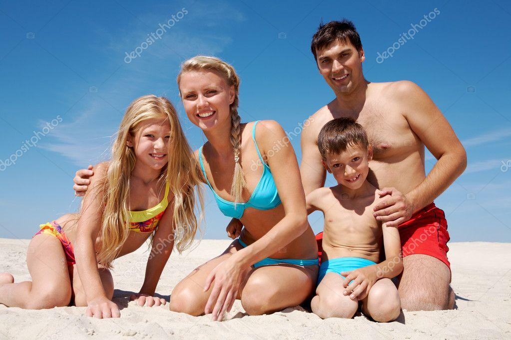 семьи голые нудисты фото