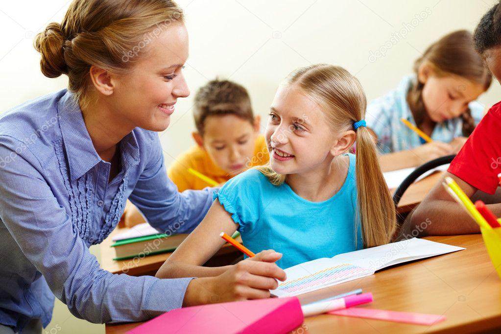 Фото ученик. Ученик и учитель — Стоковое фото ...