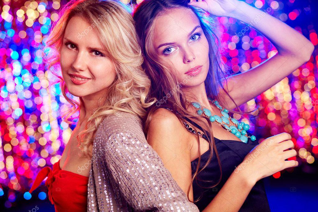 Красотки ночной клуб студенческие ночные клубы