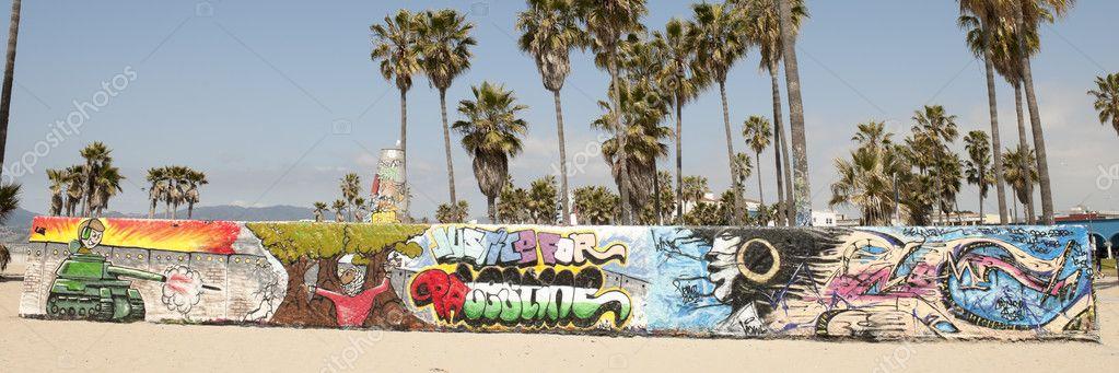 Art walls on Venice beach, Los Angeles, California, USA — Stock ...