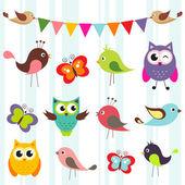 Fotografia set di simpatici uccelli e farfalle